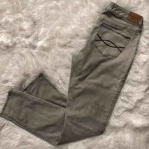 Abercrombie & Fitch light gray skinny jeans size 6
